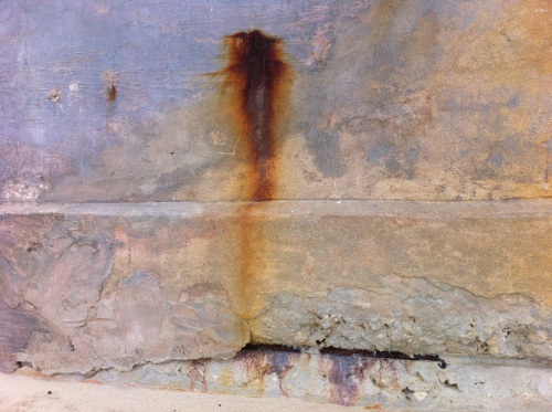a rusting wall to nowhere